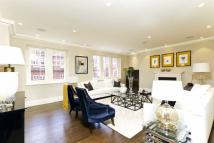 4 bed Flat in Cadogan Gardens, Chelsea