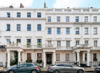 Flat to rent in Eaton Place
