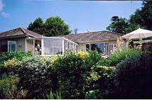 2 bed Detached Bungalow for sale in Egypt Hill, Cowes