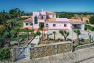 4 bedroom Villa in Santa Barbara De Nexe...