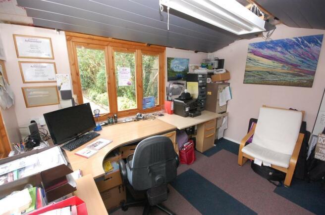 garden office.jpg