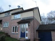 2 bed semi detached house in Heol Ynys Ddu, Cardiff