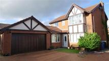 Detached house in Ffordd Parc Castell...