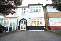 5 bedroom Terraced home in Brook Gardens, Chingford...