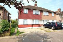 2 bed Maisonette in Dryden Close, Hainault...