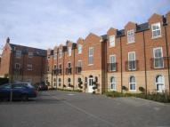 Flat in Parklands Court...