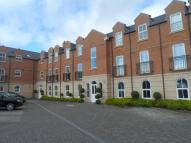 2 bedroom Flat to rent in Parklands Court...