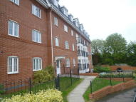 Apartment to rent in Henley Road, Caversham