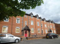 Apartment to rent in Lynden Mews, Dale Road