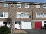 Portway Close Town House to rent