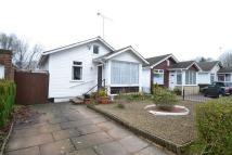 2 bed Bungalow in Central Avenue...