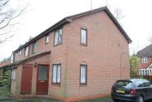 Flat to rent in Hewell Place...