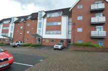 Flat to rent in Griffin Close...