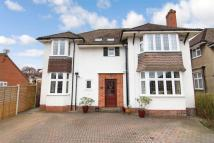 5 bedroom Detached home in Priory Avenue...