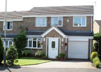 4 bed semi detached property for sale in Sandown Close...