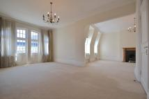 4 bedroom Flat in St Georges Court...