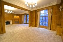 Flat to rent in GROSVENOR SQUARE, London...