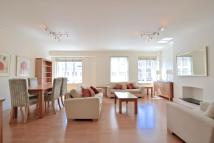 3 bedroom Flat to rent in Stafford Court...