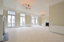 4 bed Apartment to rent in GLOUCESTER ROAD, London...