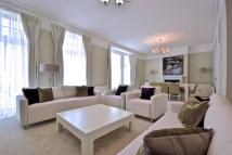 Flat to rent in St Georges Court...