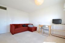 2 bed Flat in Turenne Close, London...