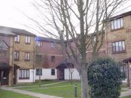 1 bedroom Ground Flat to rent in Alliance Close...