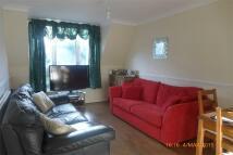 Maisonette to rent in Thirlmere Gardens...