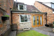 2 bed Maisonette in Pickford Road, Markyate.