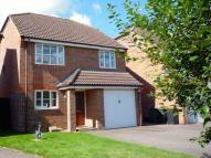4 bedroom Detached property to rent in Orchard Close, Caddington