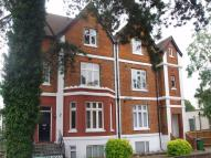 Apartment to rent in Lindens, Nascot Road...