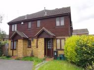 1 bed property in Appletree Walk, WATFORD...