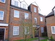 Holyrood Court Flat to rent