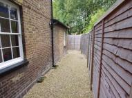 1 bed Ground Flat in St Albans Road, WATFORD...