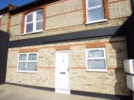 Apartment to rent in Leavesden Road, WATFORD...