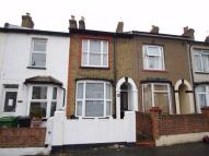 Cottage to rent in Sotheron Road, WATFORD...