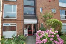 3 bedroom Flat in Blundellsands Road West...
