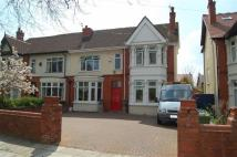 5 bedroom semi detached house in College Road North...