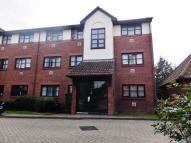 2 bed Flat in Poppy Close, Wallington...
