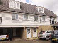 2 bed Flat to rent in Stable Court...