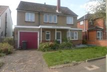 4 bed Detached home in Laurel Way, London