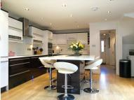 5 bed Town House for sale in Sparkford Gardens, London