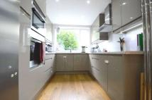 3 bed Terraced home to rent in Bow Lane, North Finchley...