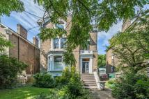 Flat for sale in Manor Park, Hither Green...