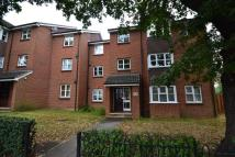 Flat to rent in Holm Court...