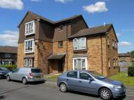 1 bed Studio flat in Hindhead Close...