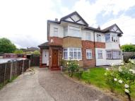 2 bedroom Maisonette to rent in Errol Gardens, Hayes
