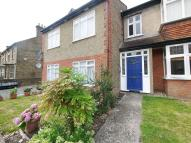 1 bed Flat to rent in 12 Myddleton Road...
