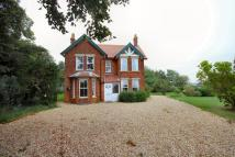 Heath Road Detached house to rent
