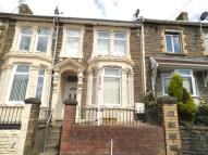 property to rent in Queen Street, Abertillery