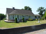 Detached Bungalow for sale in Crick Village...